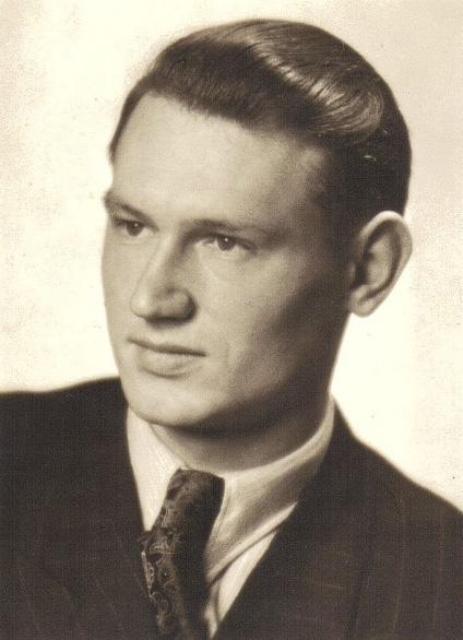 Headshot of Joseph Grimm