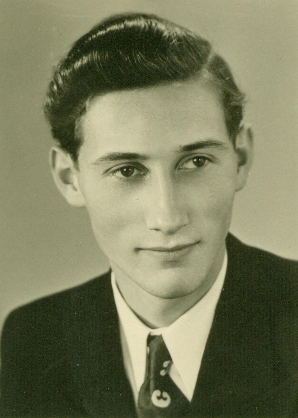 Kurt Illenberger head shot